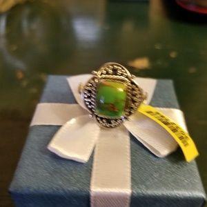 Jewelry - Beautiful Mojave green turquoise ring